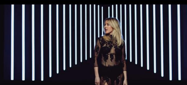 ELLIE GOULDING IL NUOVO VIDEO STILL FALLING FOR YOU